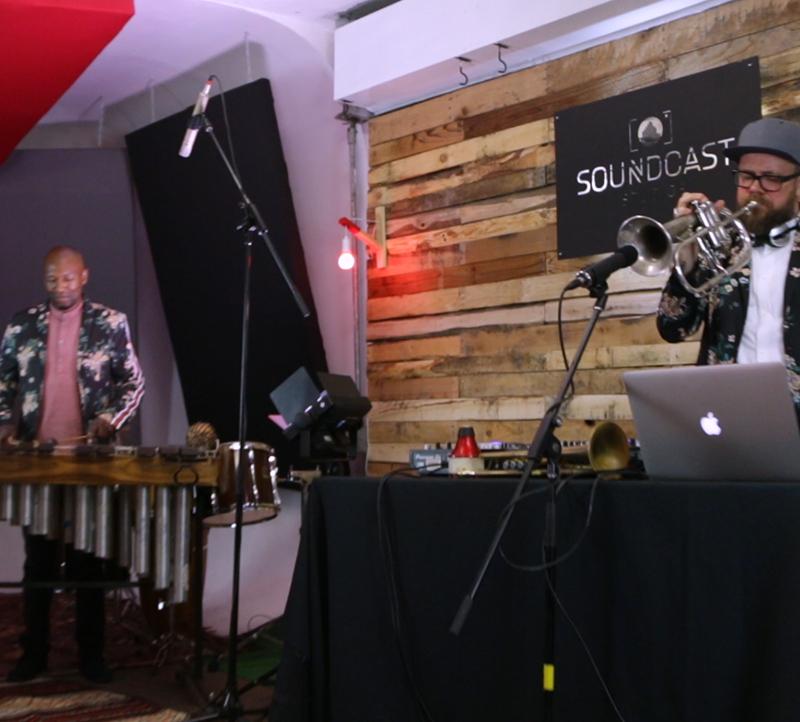 The-wedding-DJs-incredible-afro3